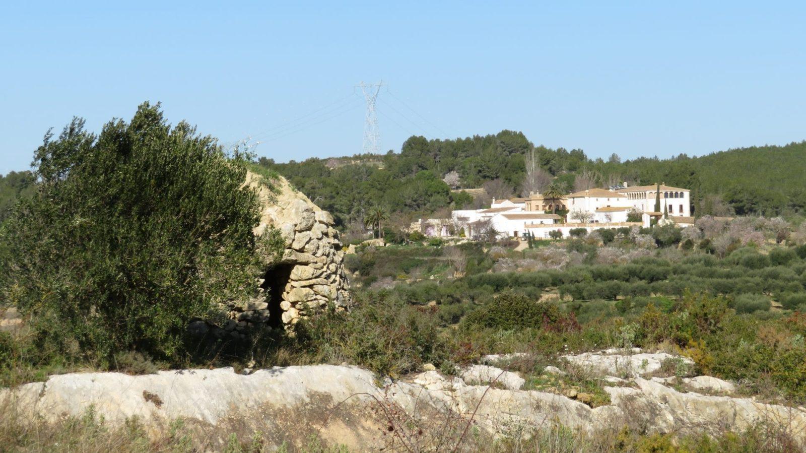 La hermosa masia de Can Ràfols